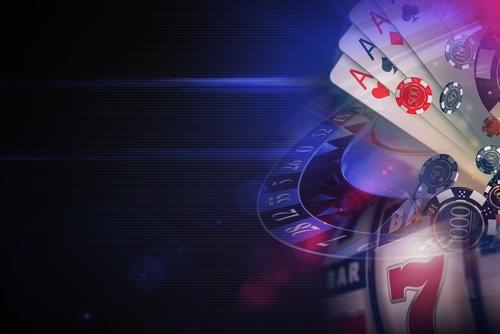 roulette, jeu de cartes et dés de casino en ligne